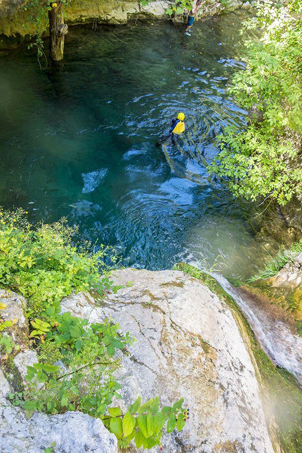 Martine dans le canyon de Redebraus