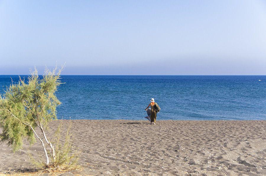 11/16 Martine en Grèce, prend l'avion pour l'archipel de Santorin