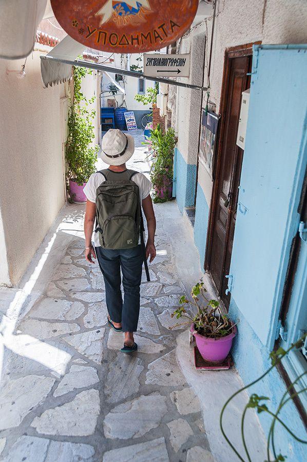 9/16 Martine en Grèce, fait escale sur l'ile de Poros