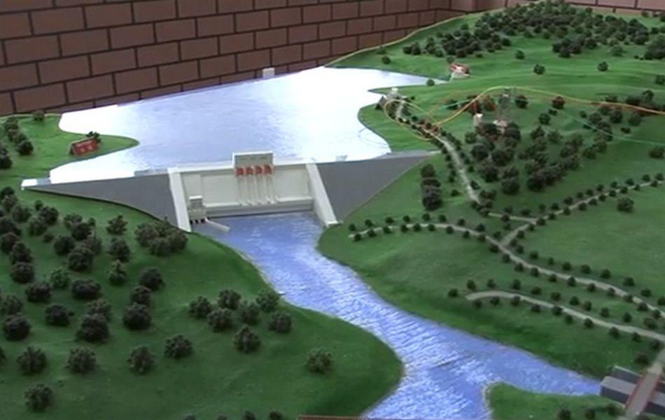 Le barrage hydroélectrique du Grand Poubara
