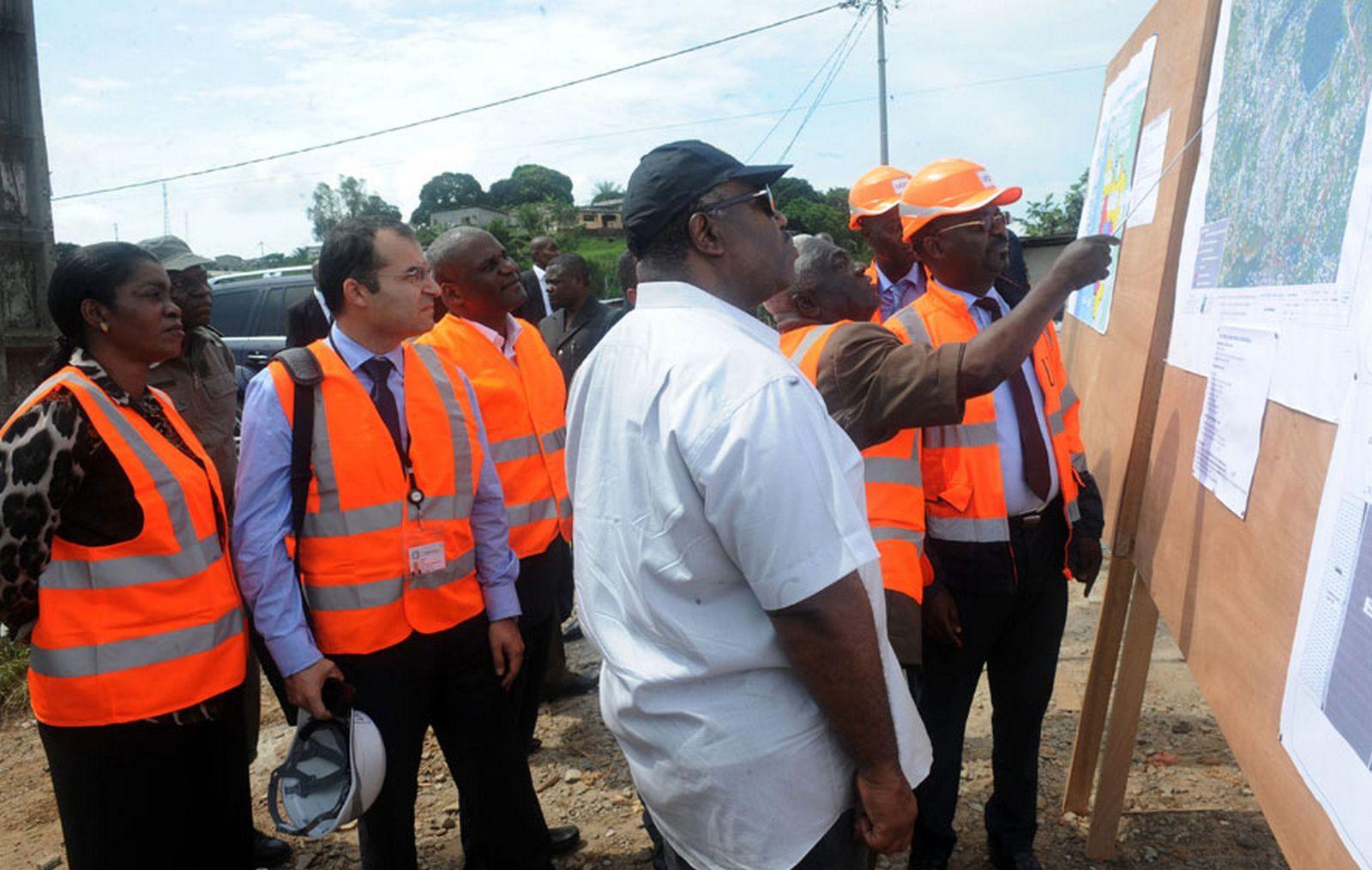 Ali Bongo Ondimba en visite de terrain « Bassins Versants »