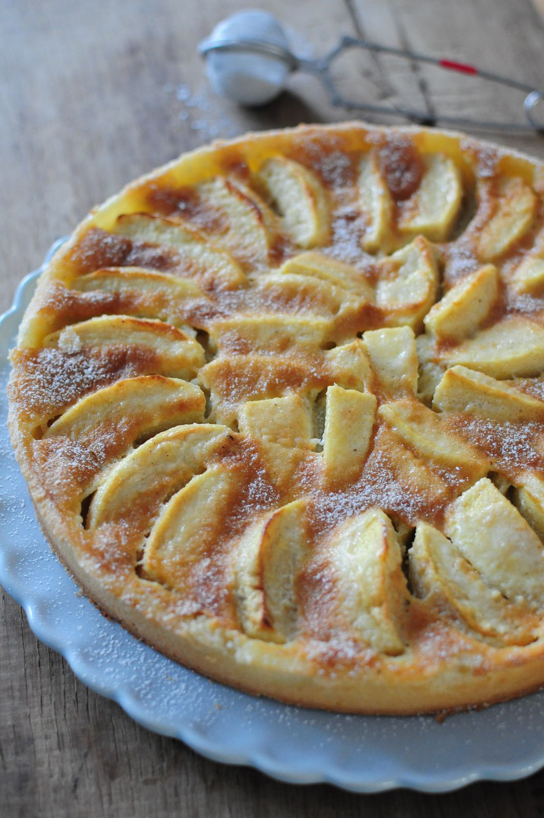 tarte normande aux pommes blog de cuisine cr ative recettes popotte de manue. Black Bedroom Furniture Sets. Home Design Ideas