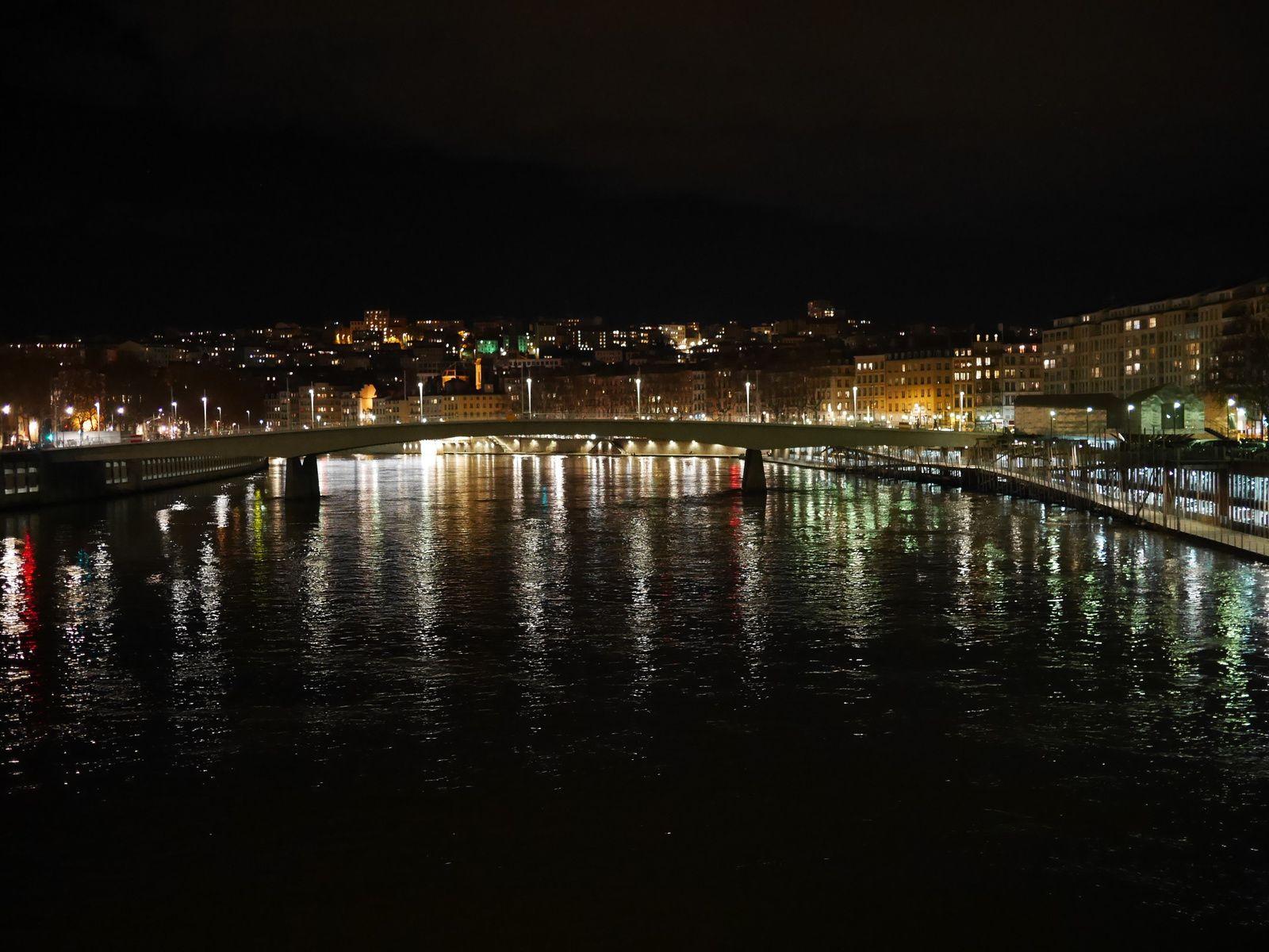 Mon mini guide sur Lyon pour les VBreaks est arrivé ;)