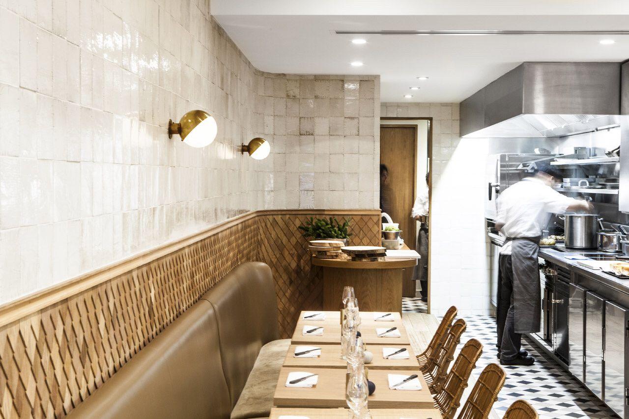 restaurant clover pour jean fran ois pi ge paris 7e conception charlotte biltgen ma tre d. Black Bedroom Furniture Sets. Home Design Ideas