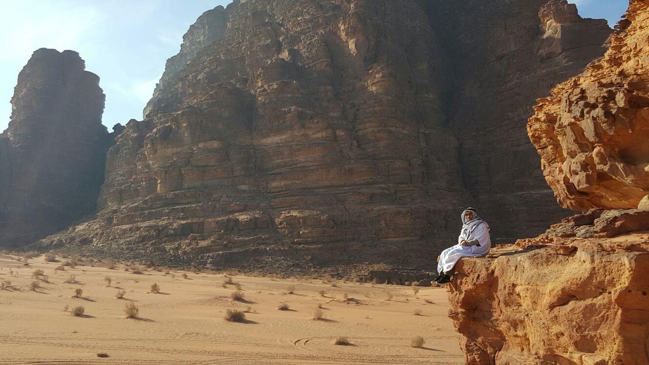 [Wadi Ram-Desert: levé de soleil, Safari وادي رم أو وادي القمر: شروق الشمس الذهبي والسفاري ]