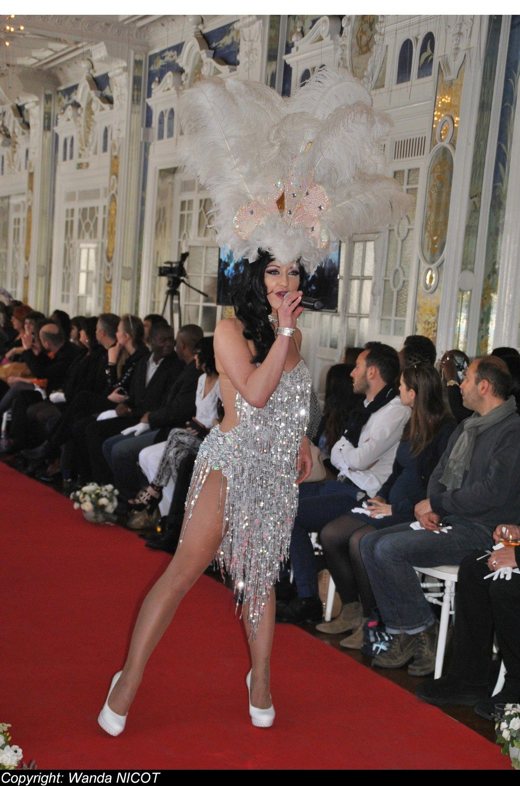 1e EDITION DE LA FASHION NIGHT COUTURE  A PARIS