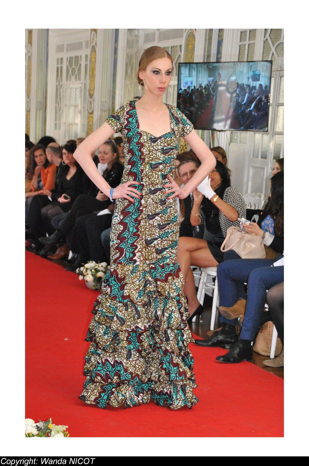 N°6 DEFILE DE LA FASHION NIGHT COUTURE  A PARIS