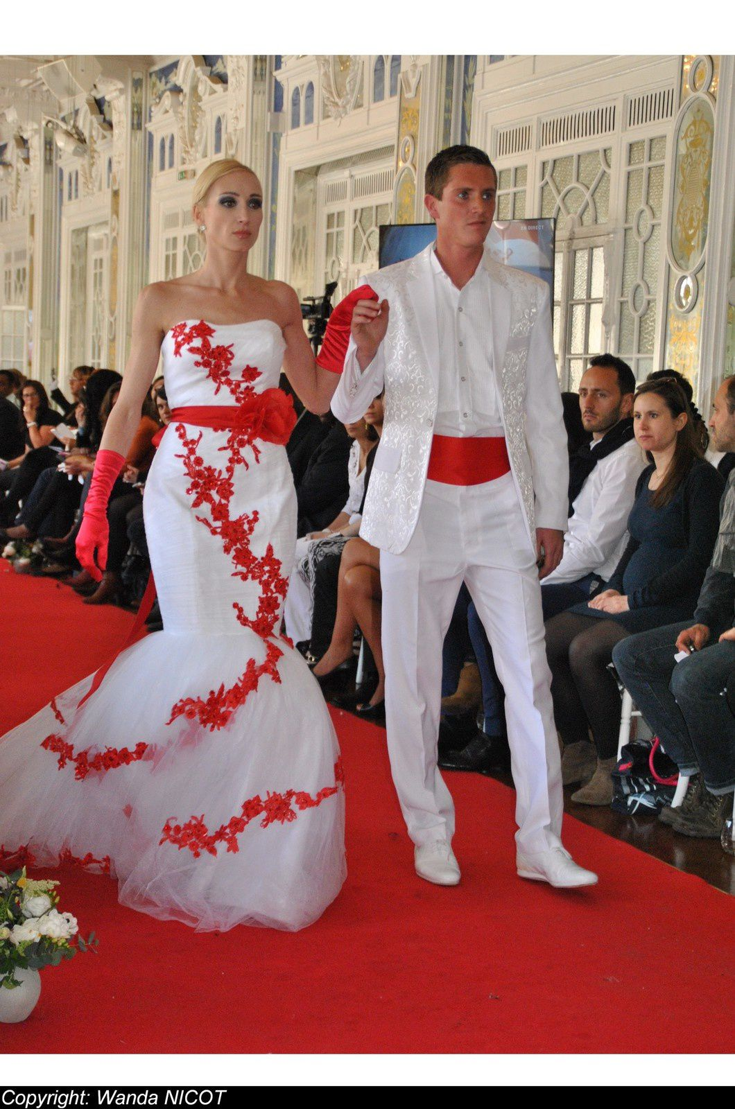 N°1 DEFILE DE LA FASHION NIGHT COUTURE A PARIS