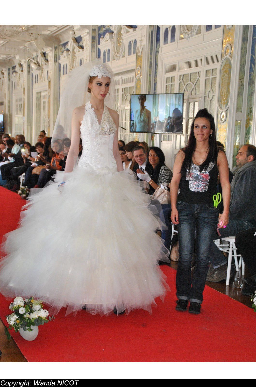 N°2 DEFILE DE LA FASHION NIGHT COUTURE A PARIS