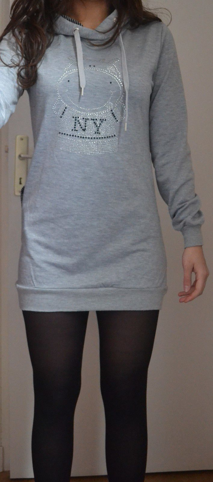Pull gris Taille S/M : 8€