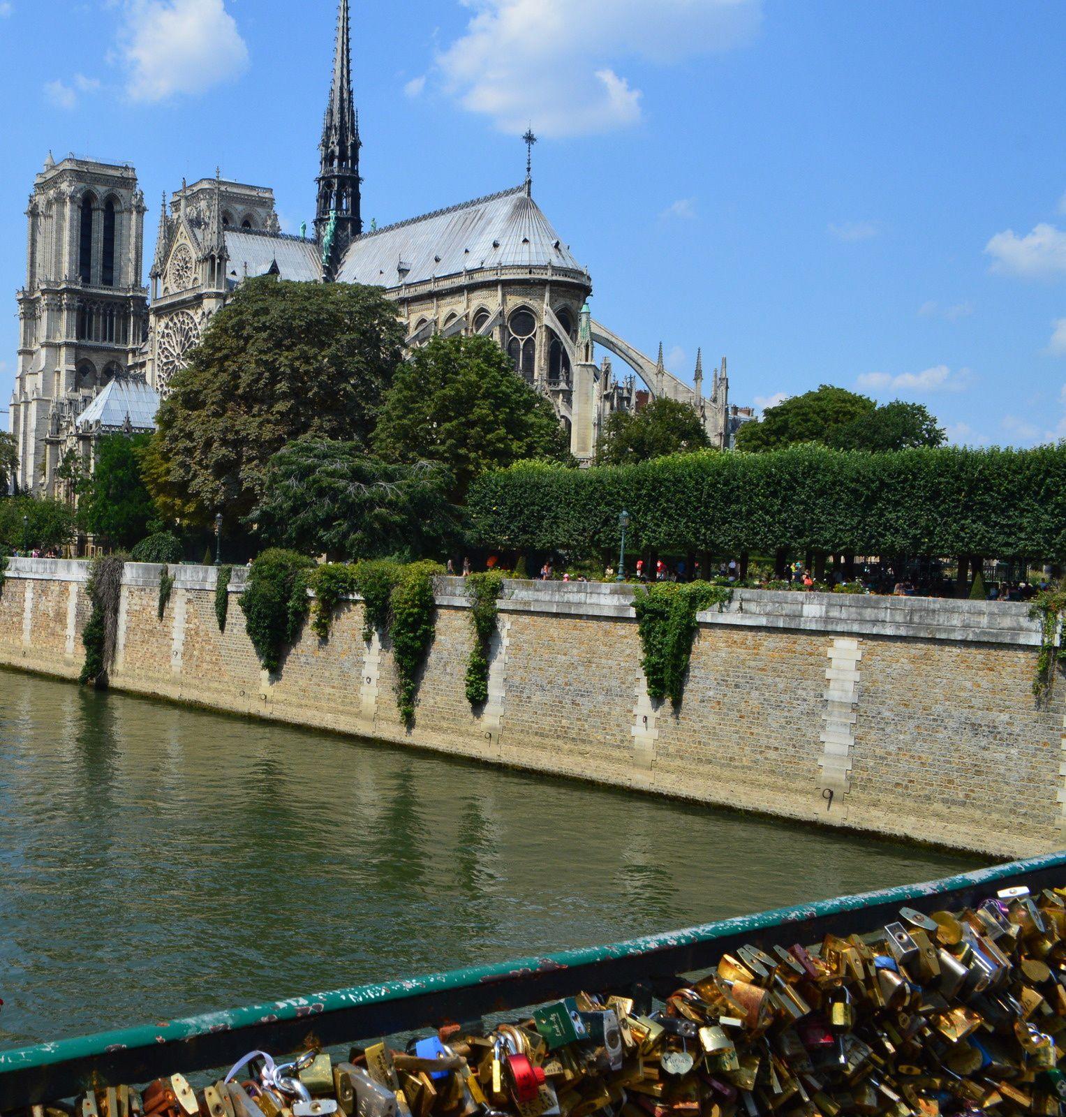 balade le long de la seine, Notre Dame