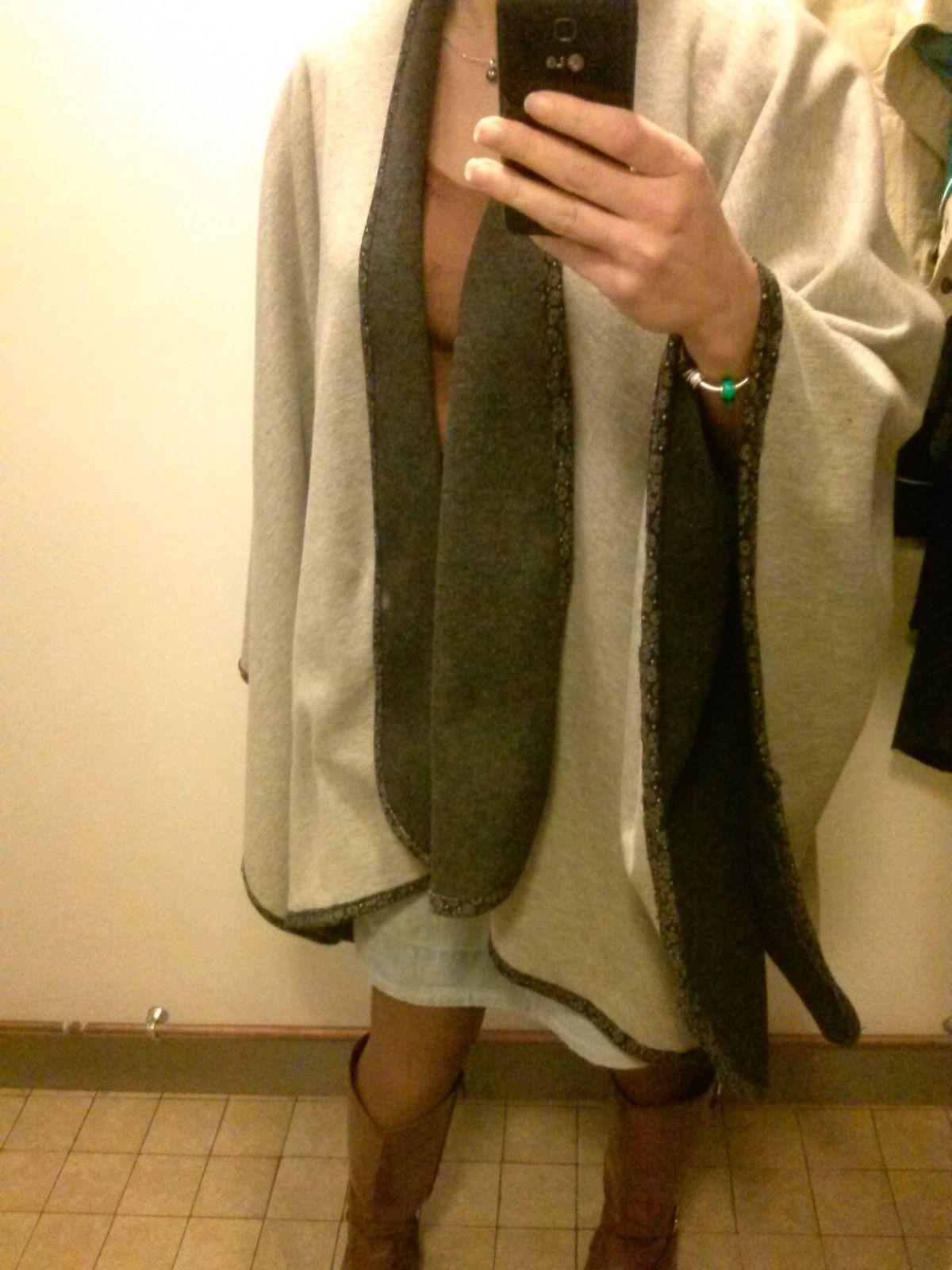 ma cape / poncho et ses différentes façons de la porter