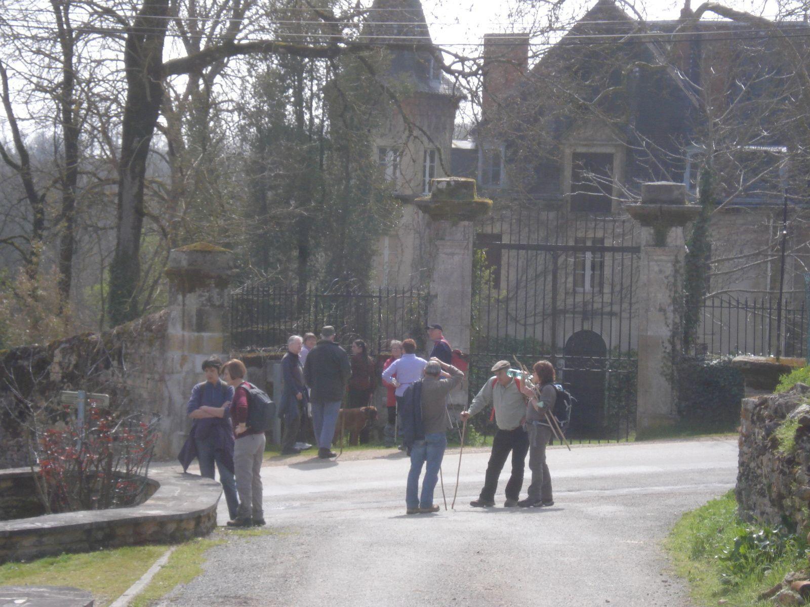 Moulin (Vallée du Maury) Château (Mouret), Pigeonnier (Fraysse)