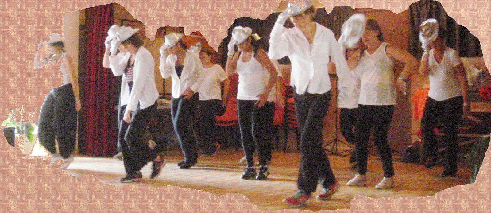 On termine l'assemblée générale en dansant avec la Zumba ....