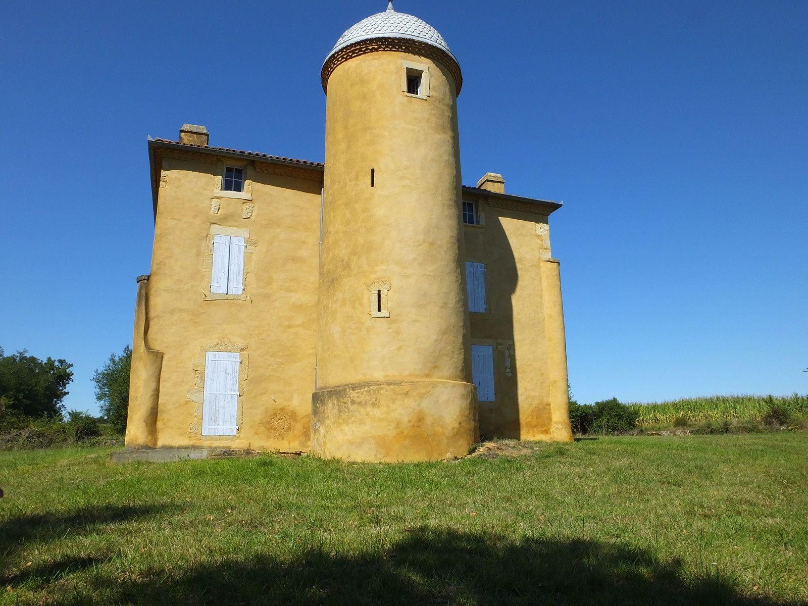 Villa Chantilly, caverie et cheminée de Couhin, Boucosse,  tour de Poyaler, moulin de toulouzette
