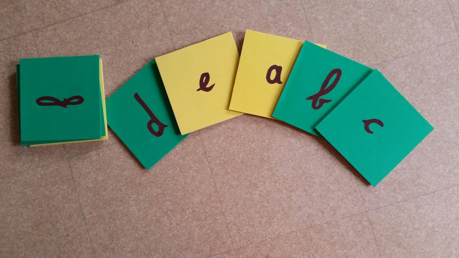 Montessori : les lettres rugueuses (1)