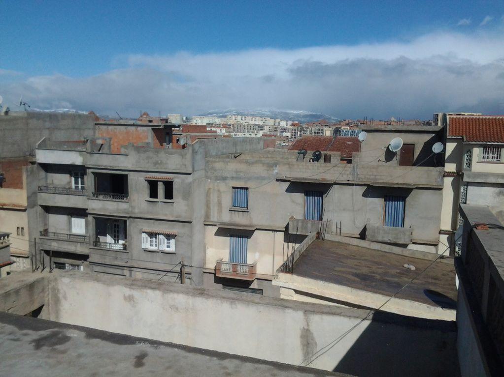 """ABDALLAH (hors concours Algérie) """"Montagne eneige alors que sur notre terrasse il fait 28degres"""""""