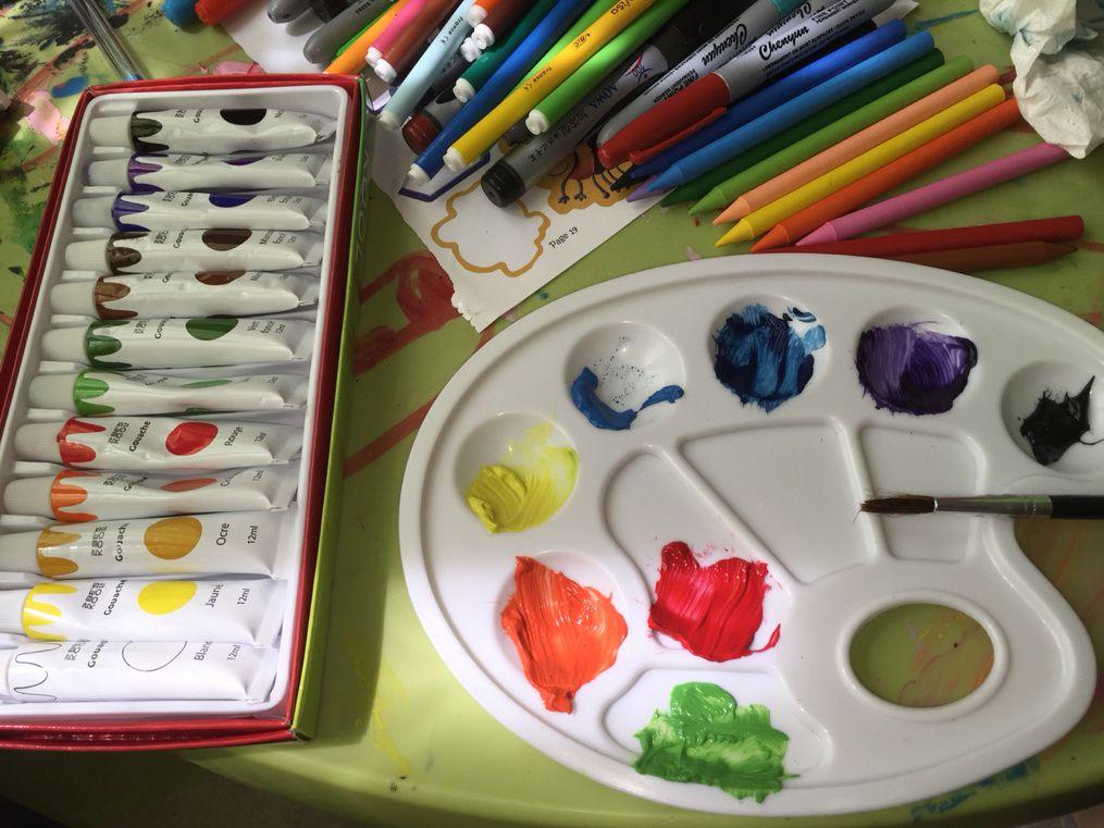 Support de rangement pour fournitures : pots à crayon + barquettes