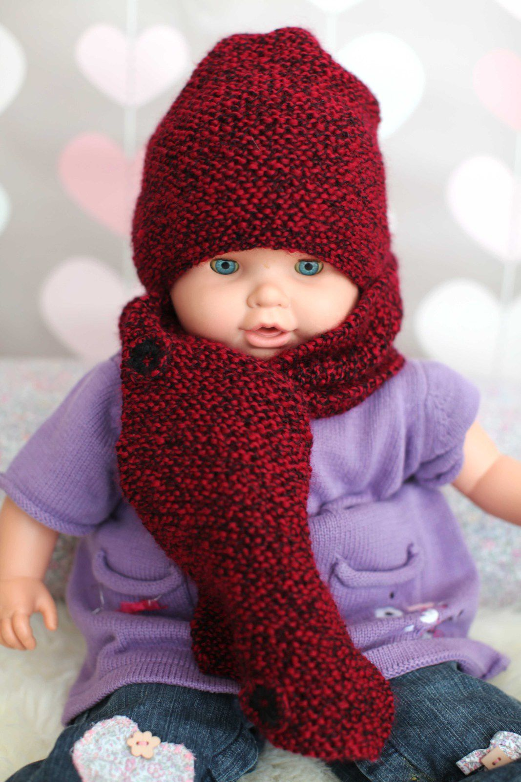 Red handmade baby whool hat and assorted scarf