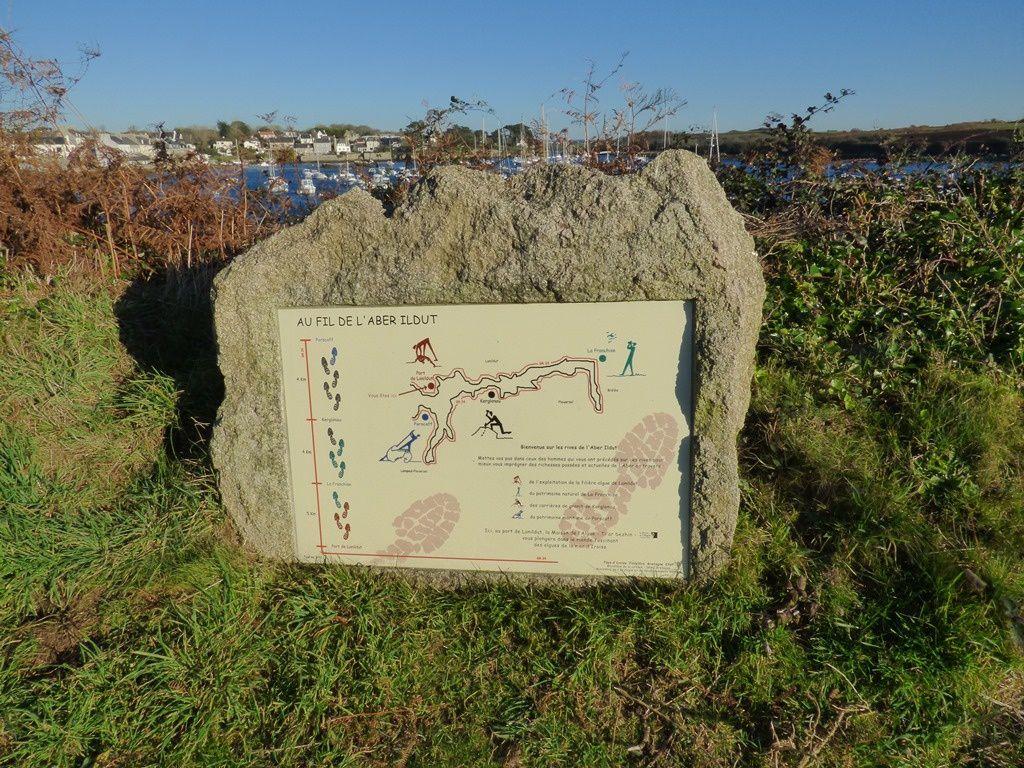 Du Cléguer au port de Lannildut