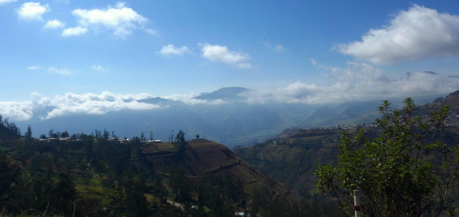 Sur les routes de l'Equateur direction Pérou !