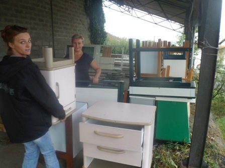 AIMA envoie un camion de mobilier et d'aide matérielle pour aider la Croix Rouge de Lettonie