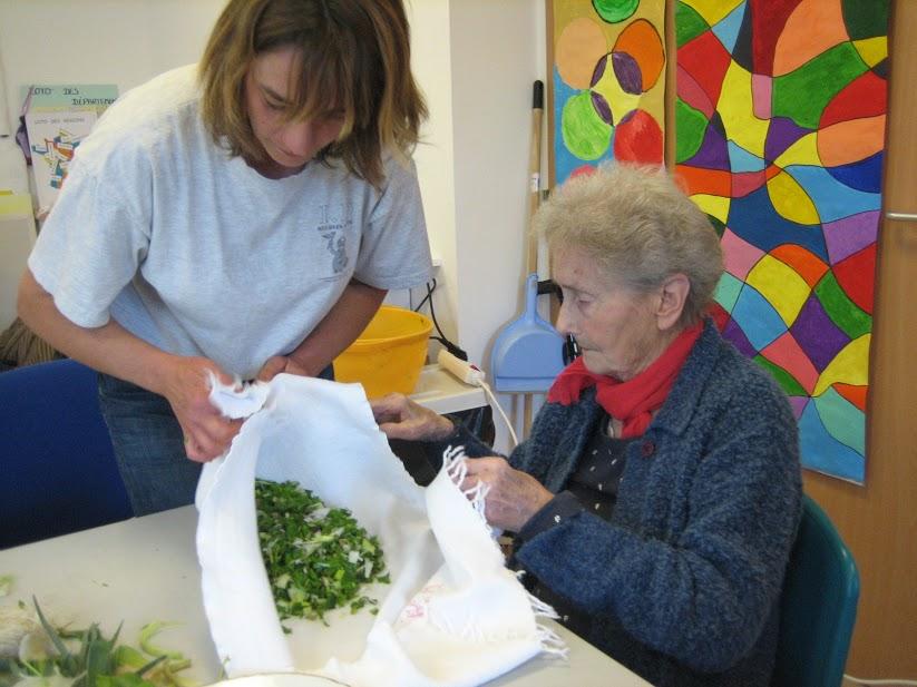 Les Reines de la découpe des légumes nous ont préparé des petits morceaux tout en finesse.