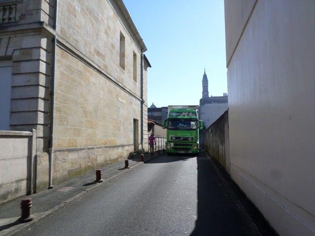 Le 87ème camion d'aide humanitaire de AIMA pour une institution de LITUANIE