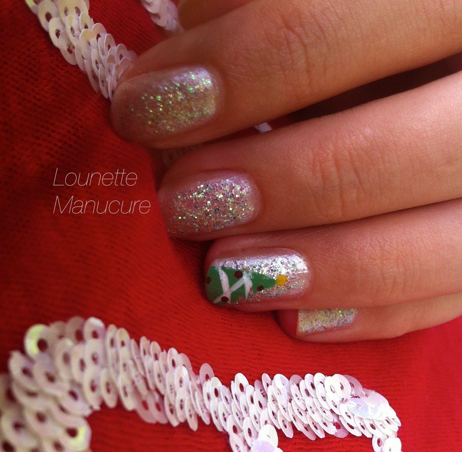 Nail Art - Sapin de Noël