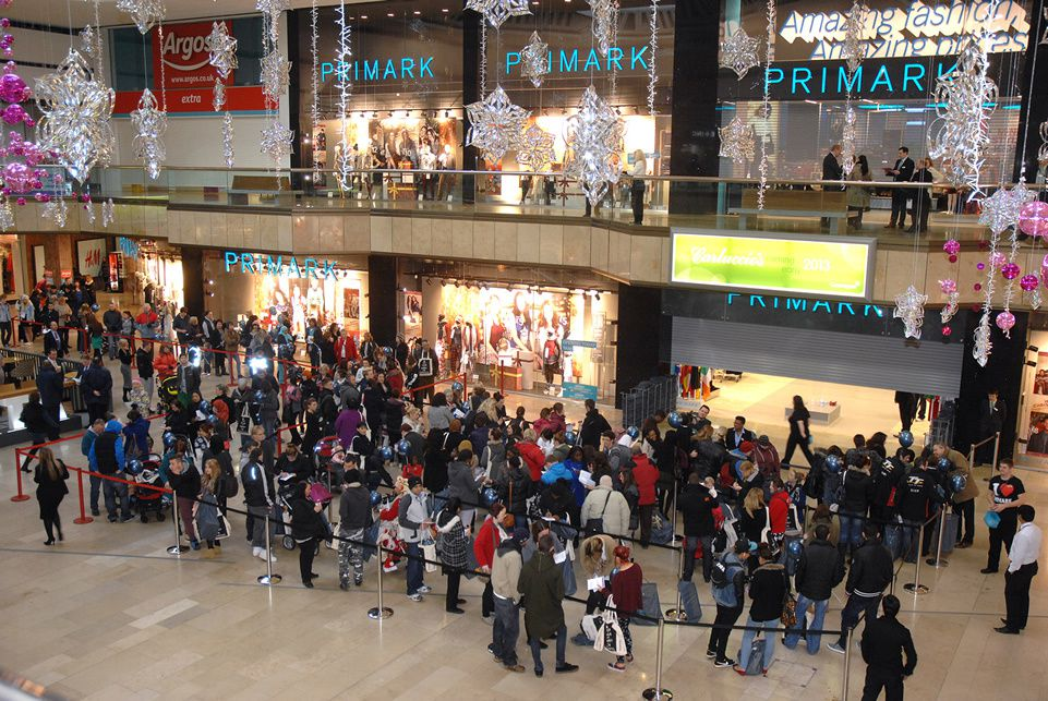 (Source : http://www.bright-consultancy.co.uk/case-study/primark-queensgate-launch-campaign/ )