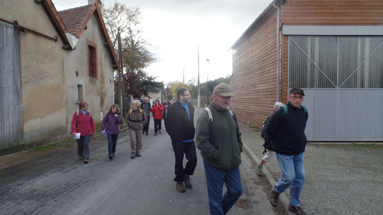 On effectue d'abord une petite boucle par l'ancienne usine STAUB pour rejoindre l'HUISNE.