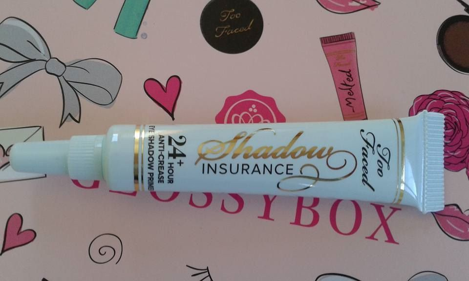 "la base ""deluxe shadow insurance anti crease eye shadoww primer"""" too faced""avec elle les fards ne bougeront pas de la journée, un super produit"