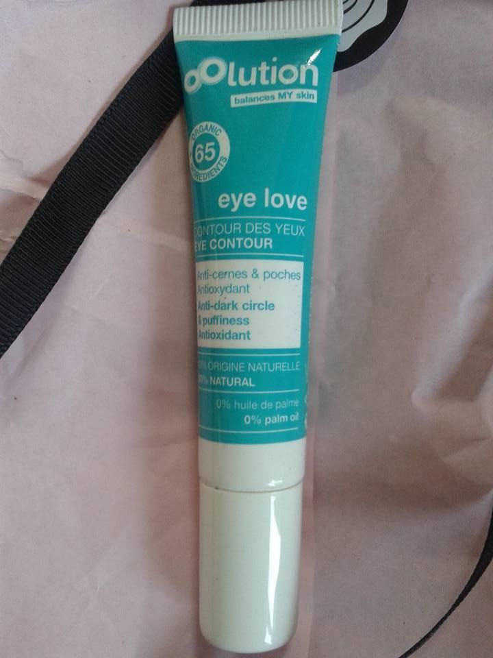 contour des yeux anti cernes,anti poches, à essayer,eye contour anti dark circle and puffiness°OLUTION, for our eyes, the essential way°OLUTION