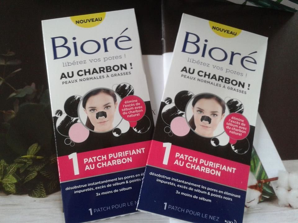 pore strips for combinaison skin with charcoal by BIORE,patchs aux charbon pour peaux mixtes by BIORE