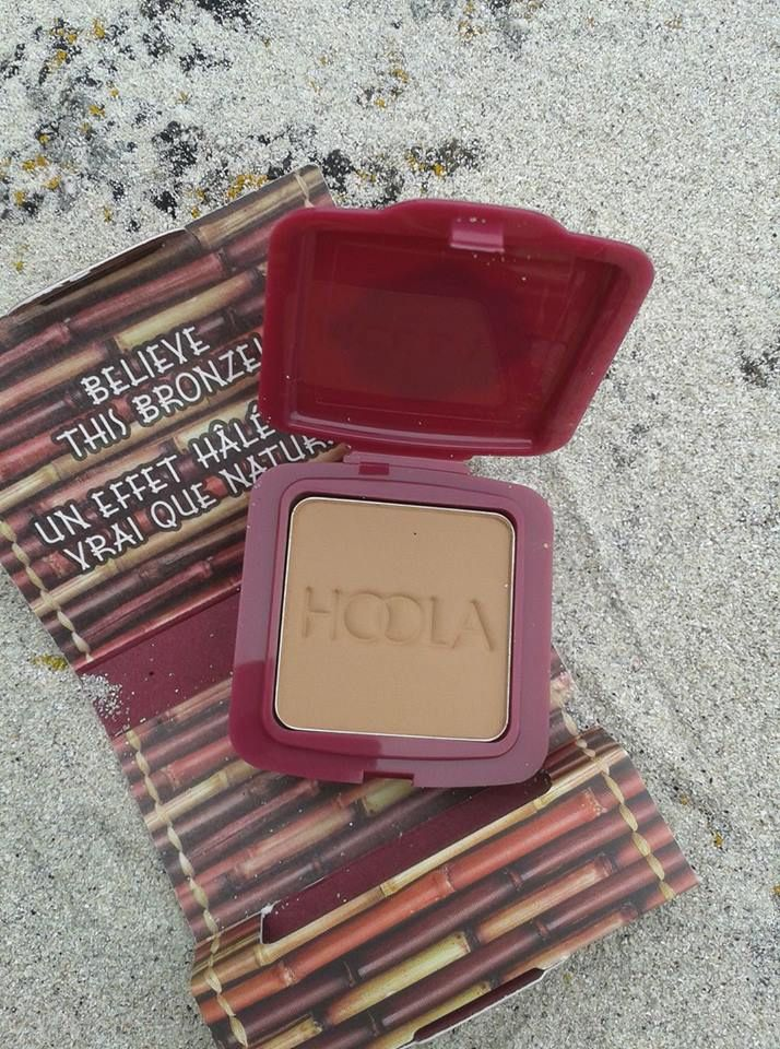 """california girl"" by glossybox,the famous hoola by benefit!""california girl"" by glossybox, sans oublier le célèbre hoola by benefit!"