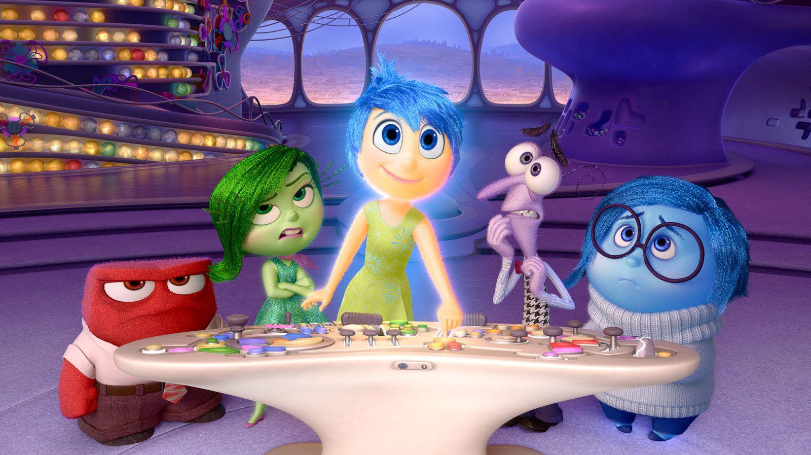 """Le nouveau film d'animation de Pixar-Disney a été accueilli par un tonnerre d'applaudissement lors de sa première projection lundi à Cannes. C'est mérité ! Peter Docter (""""Là Haut"""", """"Monstres et Cie"""") et son équipe ont réussi à conjuguer créativité et humour pour cette plongée inédite dans les émotions d'une petite fille."""