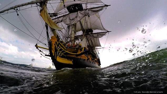 L'Hermione, la réplique du navire de guerre de La Fayette, a fait escale à Saint-Pierre-et-Miquelon jeudi .