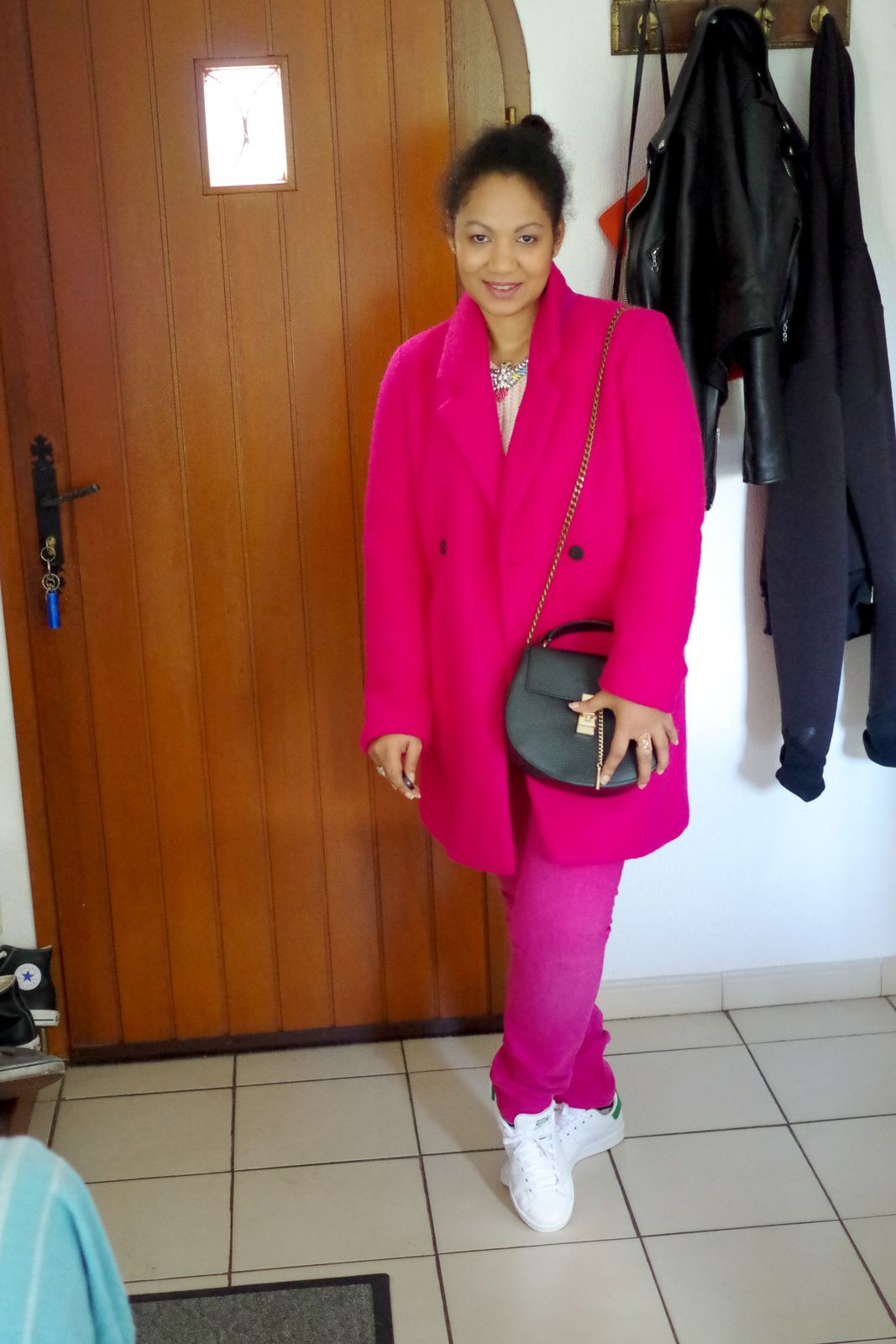 FASHION ROUND - Pink Ladies