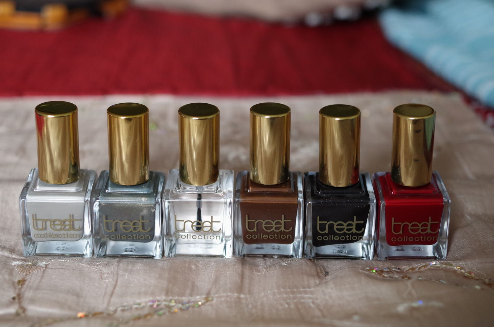 """French Vanilla"" + ""Must Have"" + Top & Base Coat"" + ""Chocolate Lover"" + ""Smokey Nail"" + ""Black Tie"""