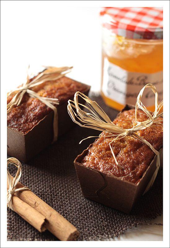 Mini cakes aux épices et à la marmelade d'oranges amères