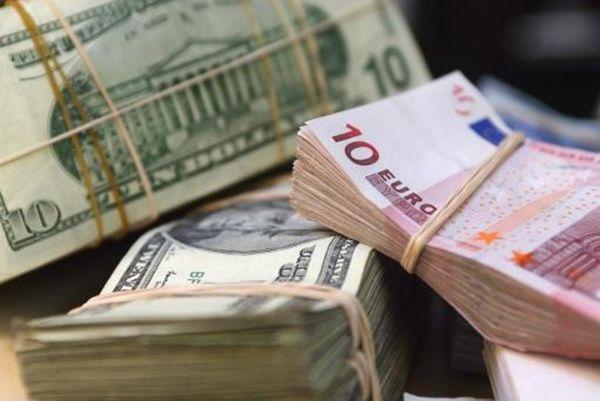 L'argent, le pouvoir, deux choses à laquelle la raison humaine ne résiste pas. Demandez aux diables LE PEN et vous verrez !