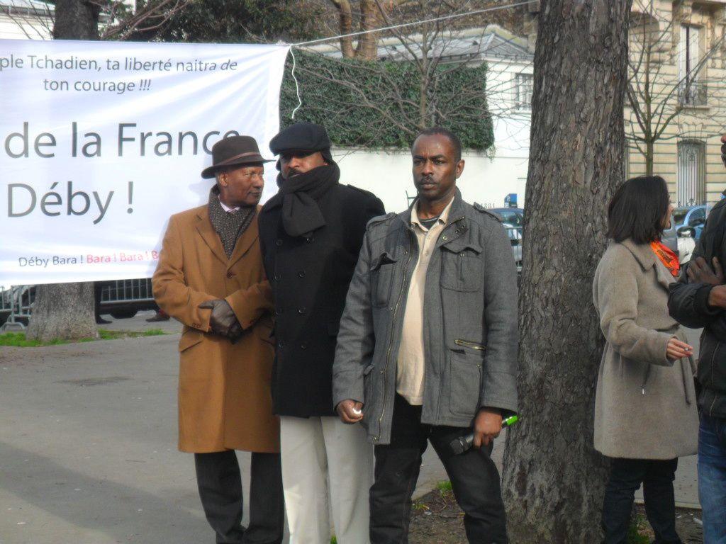 Paris : un mémorandum sur le Tchad remis au Président de l'Assemblée nationale française