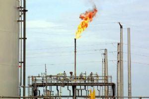 Des ONG dénoncent l'opacité du négoce du pétrole africain en Suisse