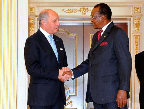 Manifestants violentés au Tchad: la France va-t-elle continuer à soutenir idriss Deby?