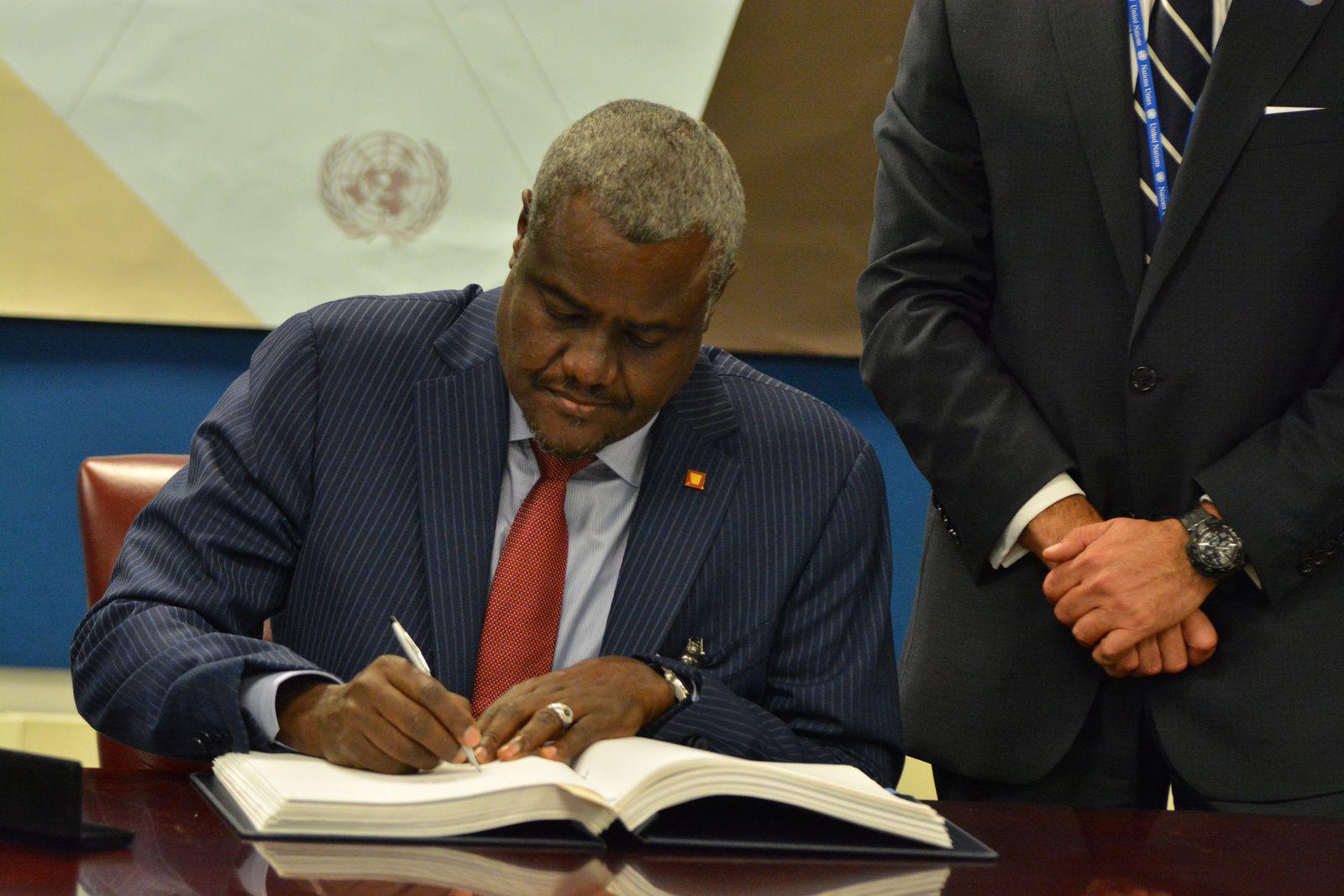 Tchad : Lettre ouverte à Moussa Faki Mahamat pour information Idriss Deby Itno