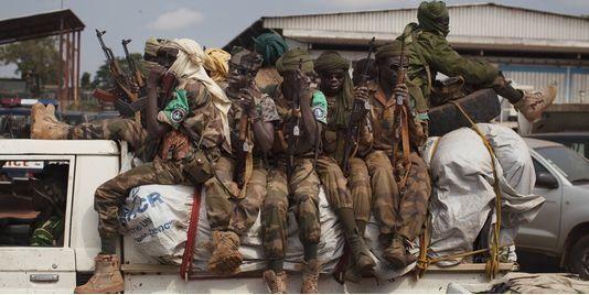 http://www.lemonde.fr/afrique/article/2013/12/21/centrafrique-reprise-de-la-violence-a-bangui_4338421_3212.html