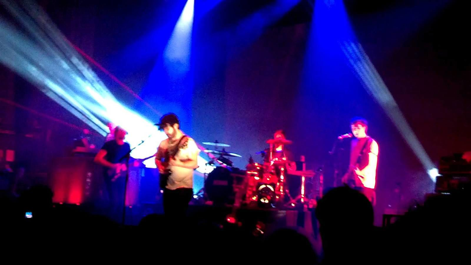 Foals live at Paradiso [FULL]