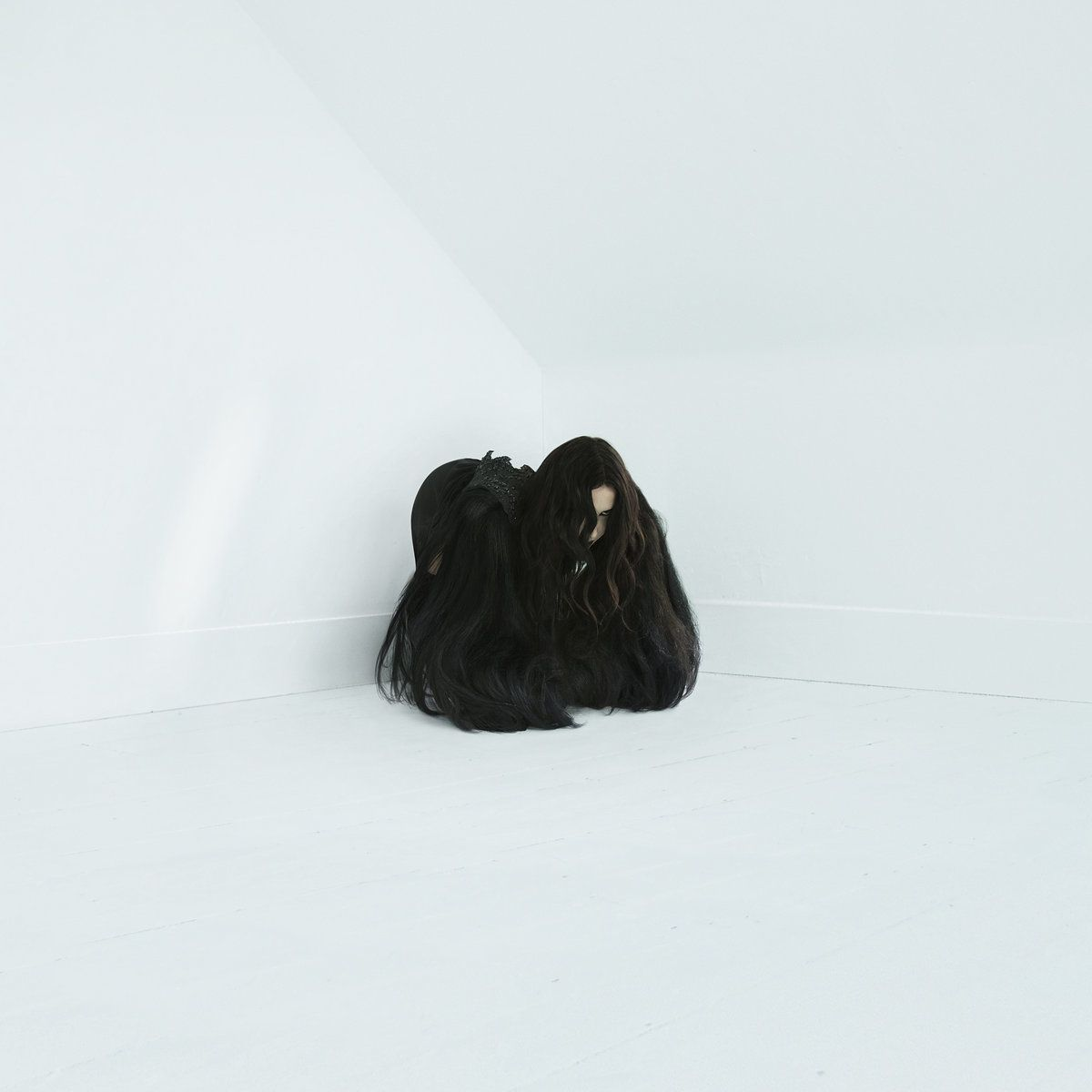 Chelsea Wolfe has a new album - Hiss Spun