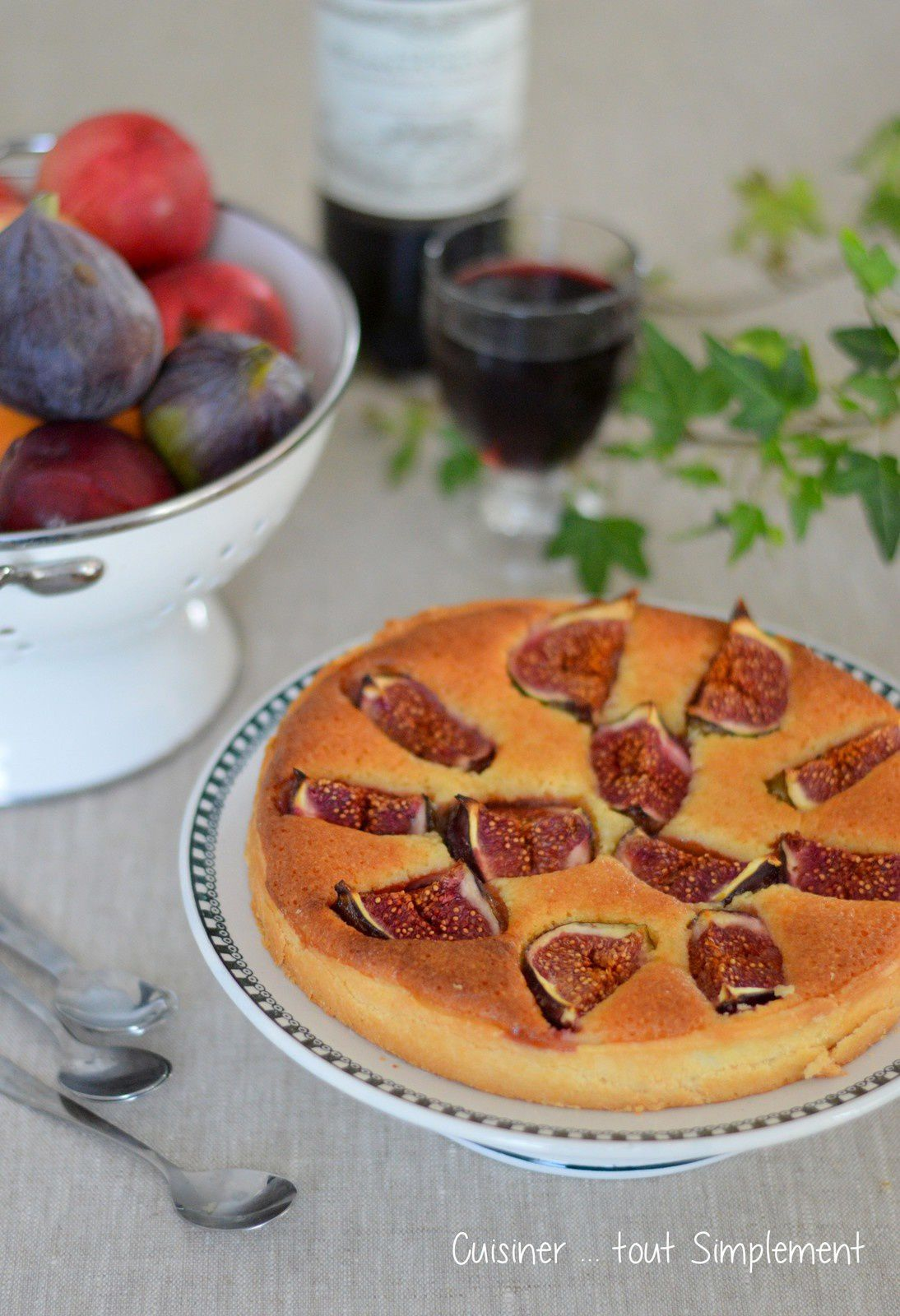 tarte amandine aux figues cuisiner tout simplement le blog de cuisine de nathalie. Black Bedroom Furniture Sets. Home Design Ideas