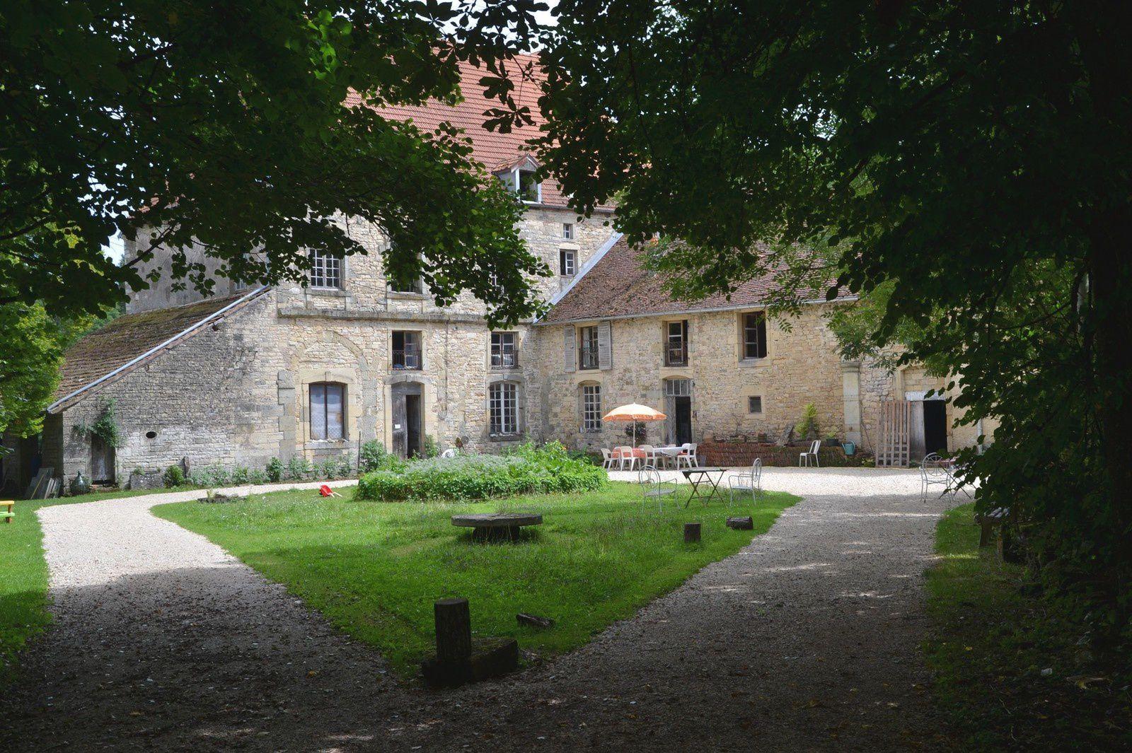 L'abbaye de Bithaine - installation permanente